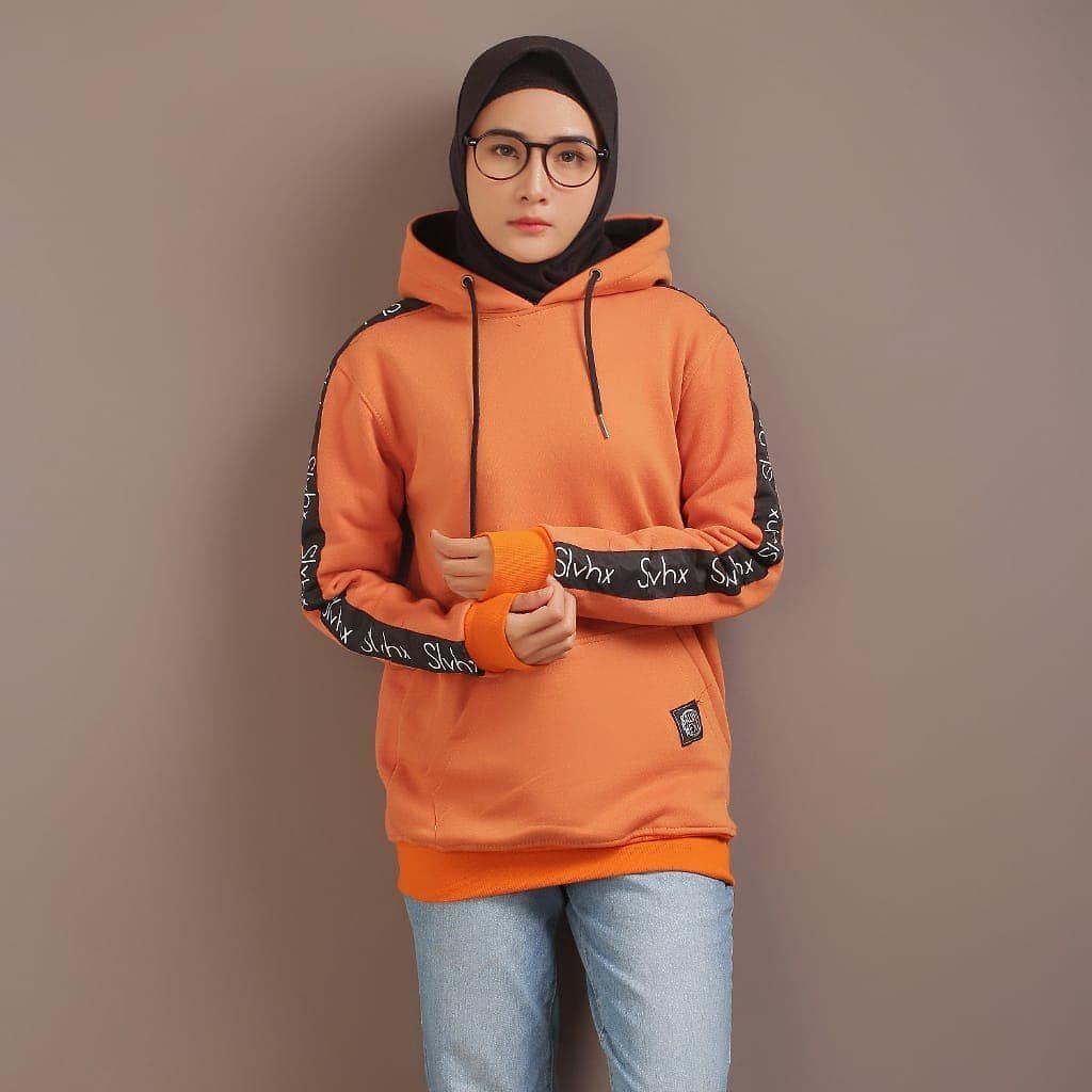 Perbedaan jaket dan hoodie