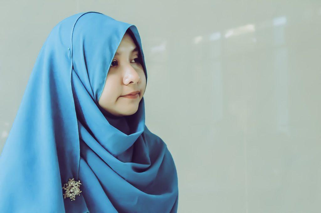 cara memakai hijab terbaru 2019