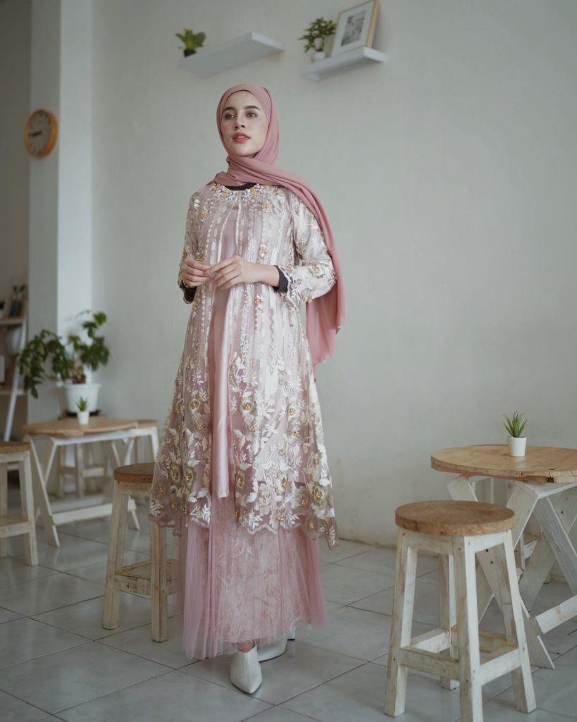 cara memakai hijab untuk kebaya