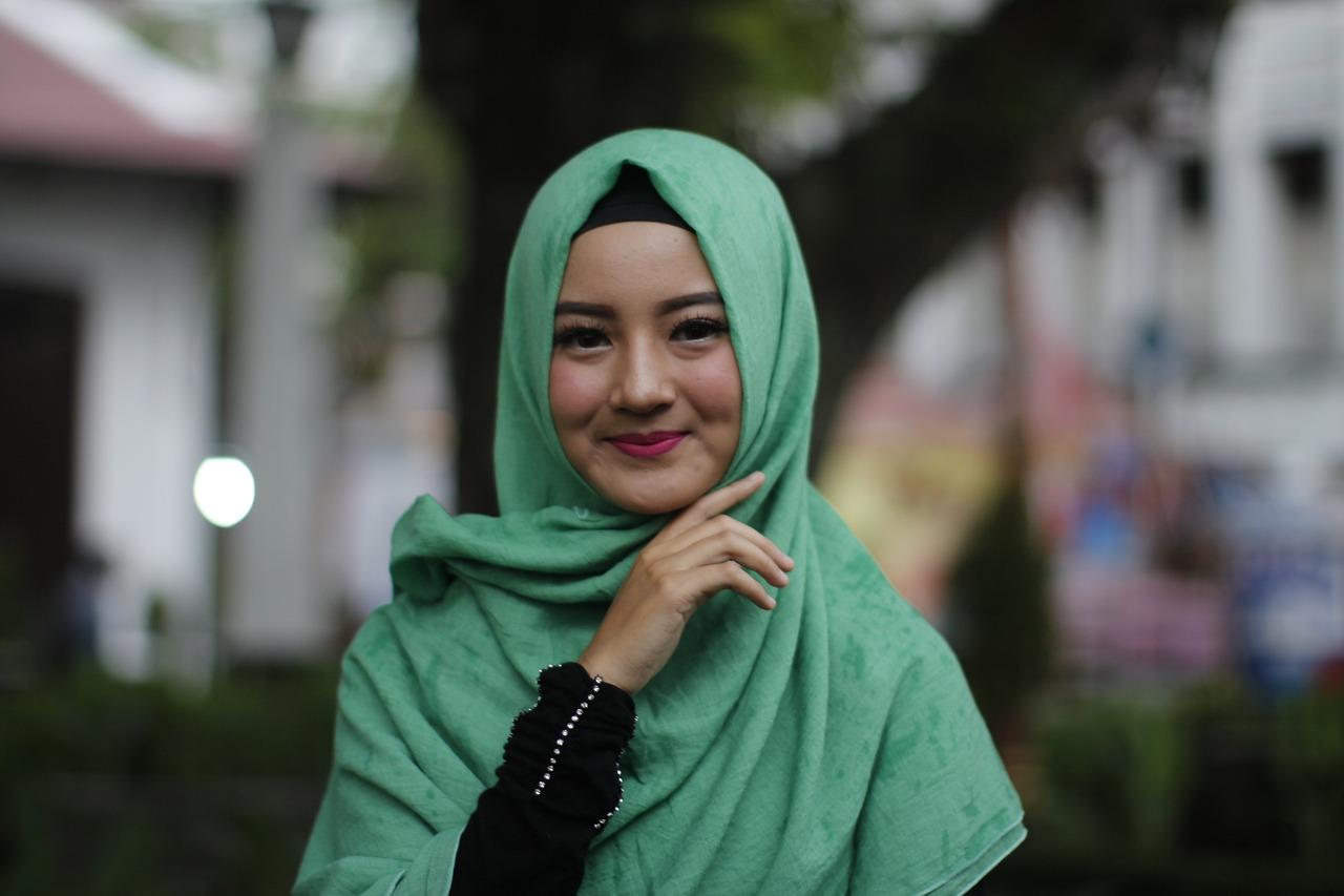 cara memakai hijab yang bagus