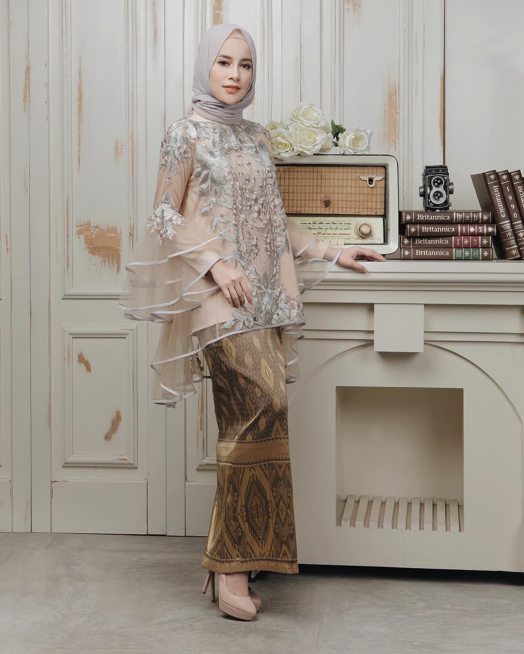 cara memakai jilbab untuk kebaya kutubaru