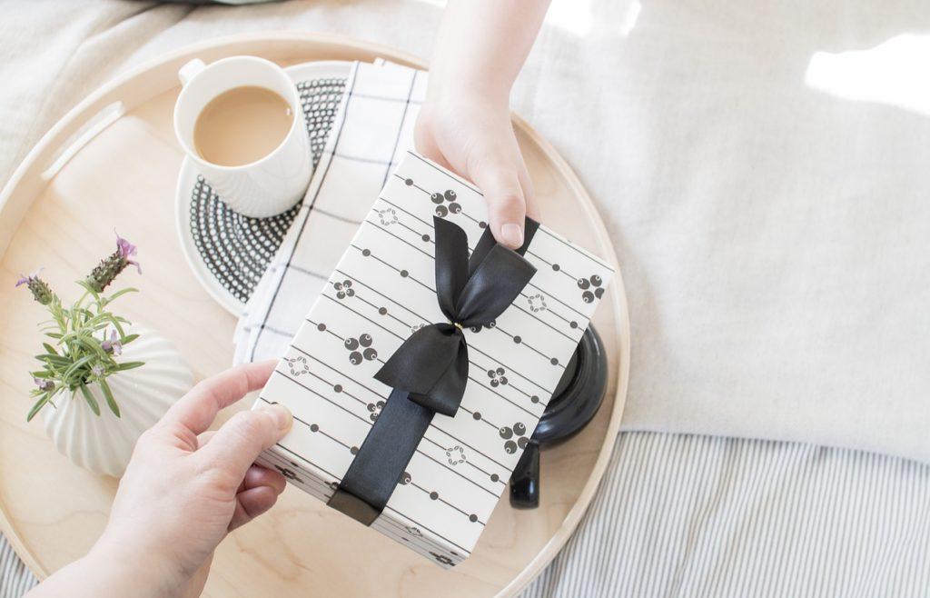 ide hadiah pernikahan untuk sahabat