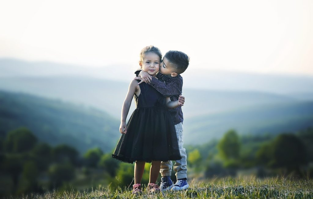 kado ulang tahun pernikahan ke 25 untuk orang tua