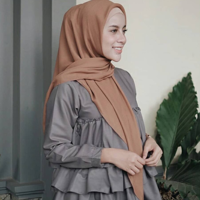 hijab segitiga simple untuk sehari-hari