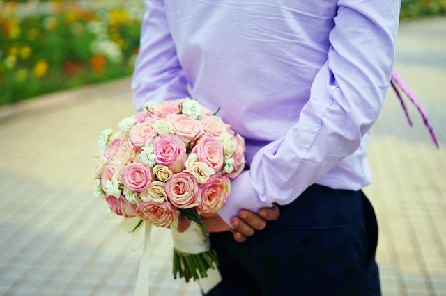 Kado Pernikahan Murah Meriah