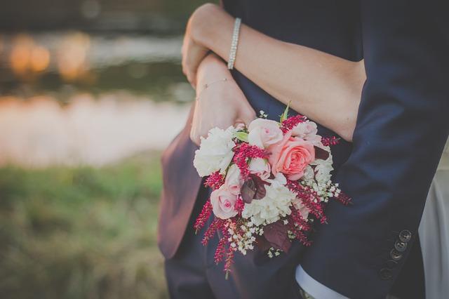 Kado Pernikahan Unik Untuk Istri