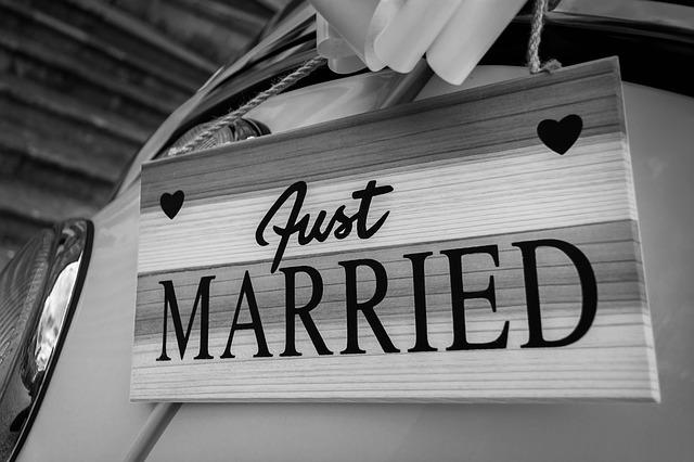 Kado Pernikahan Unik Untuk Kakak Perempuan