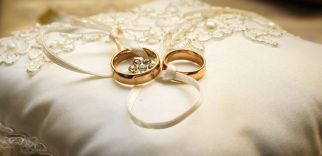 Kado Untuk Pernikahan Murah Meriah