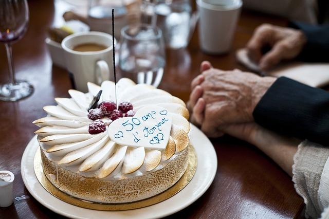 Kue Ulang Tahun Yang Romantis