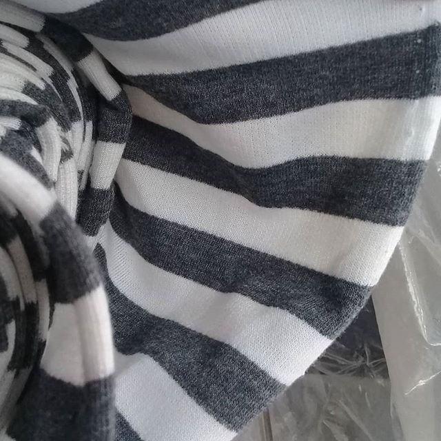Contoh Sweater Bahan Babyterry