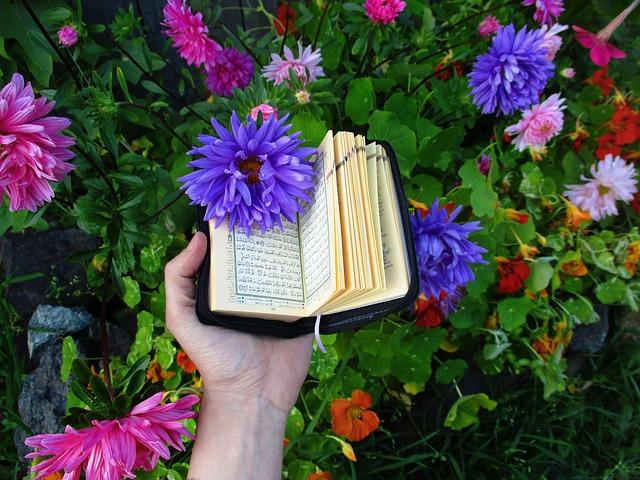 Membaca Al Quran Dengan Tartil Menurut Ilmu Tajwid Disebut