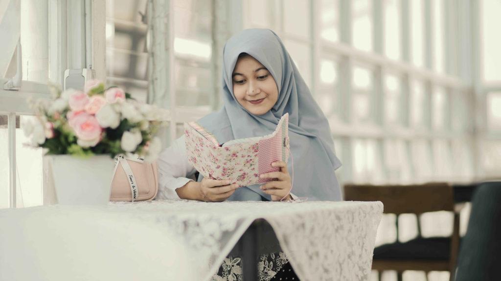 Quran Tajwid Warna dan Terjemah