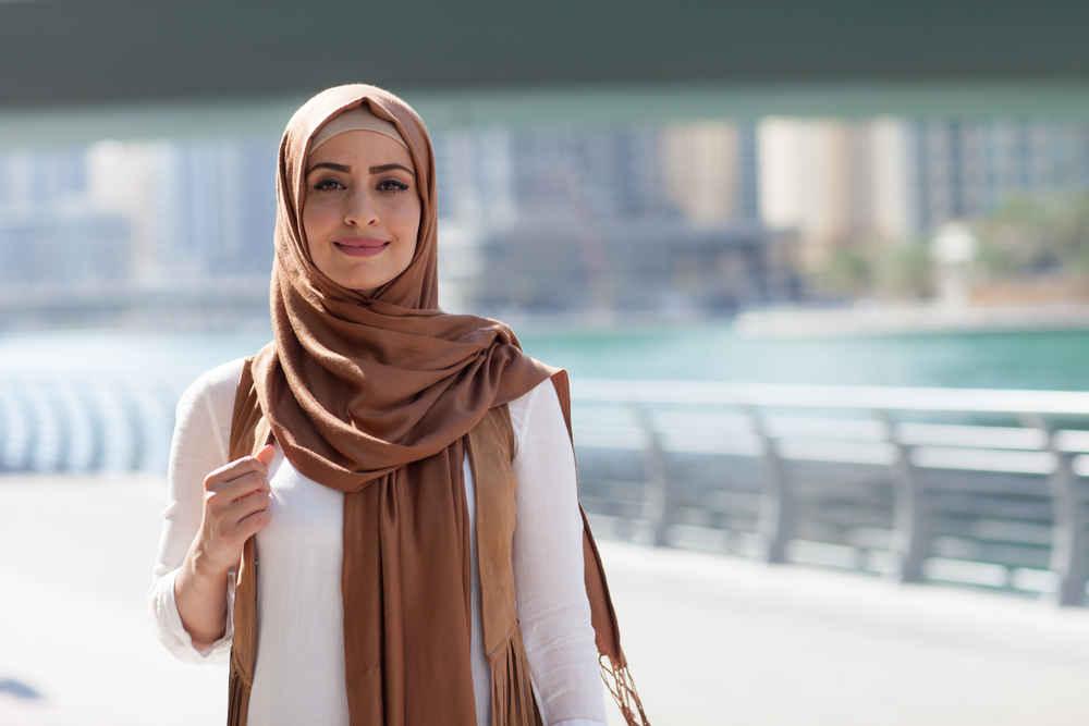 Cara Memakai Hijab Yang Simple