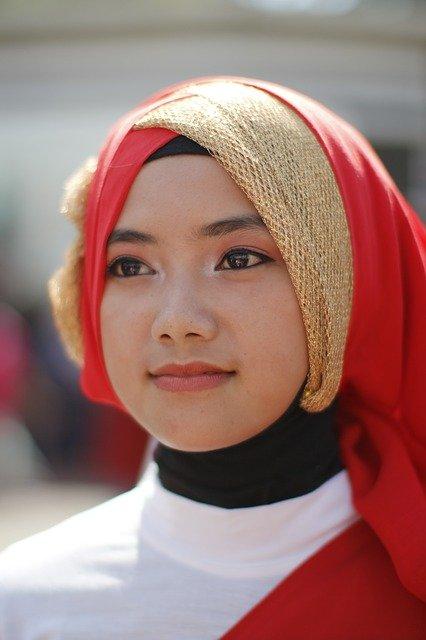 Cara Pakai Hijab Yang Simpel