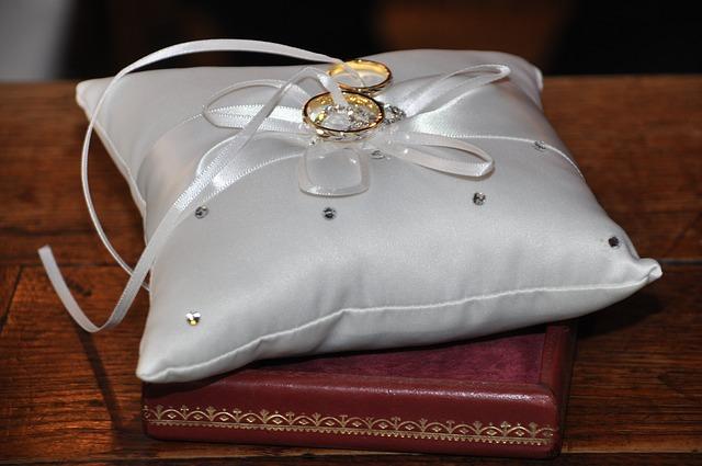 Hadiah Pernikahan Untuk Suami Tersayang