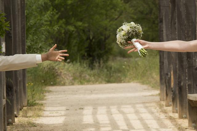 Hadiah Pernikahan Untuk Suami Yang Spesial