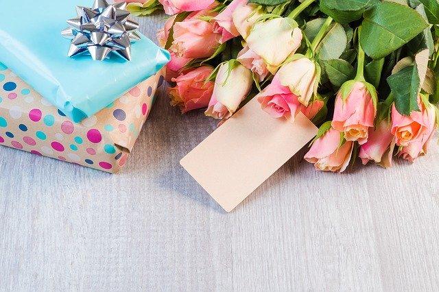 Kado Pernikahan Untuk Sahabat Perempuan Yang Murah