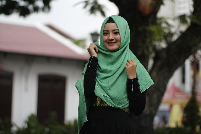 Kado Yang Disukai Wanita Muslimah