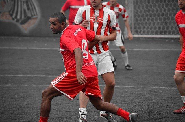 Contoh Kado Ulang Tahun Untuk Suami Yang Suka Sepak Bola