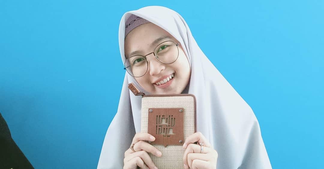 Contoh Hadiah Buat Sahabat Muslimah