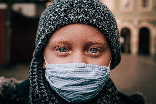 masker kain hijab