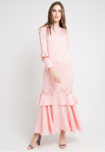 desain baju gaun wanita