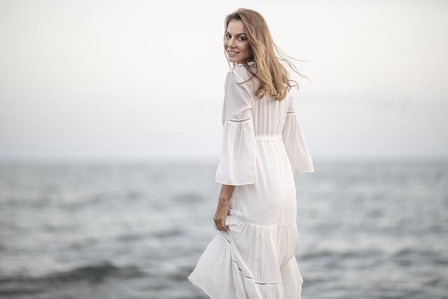gambar gaun wanita