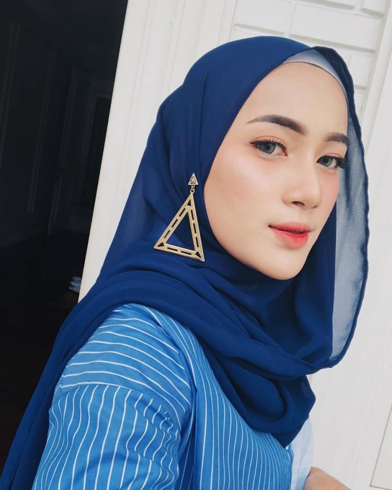 cara membuat aksesoris hijab