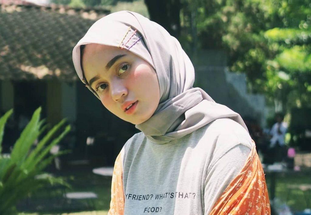 toko aksesoris hijab terdekat